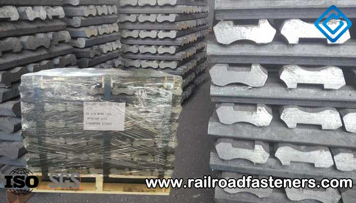 UIC60 fishplates for UIC60 rail
